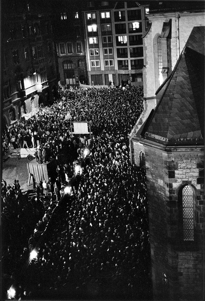 Nikolaikirchhof, 9. Oktober 1989, der Tag der entscheidenden Montagsdemonstration