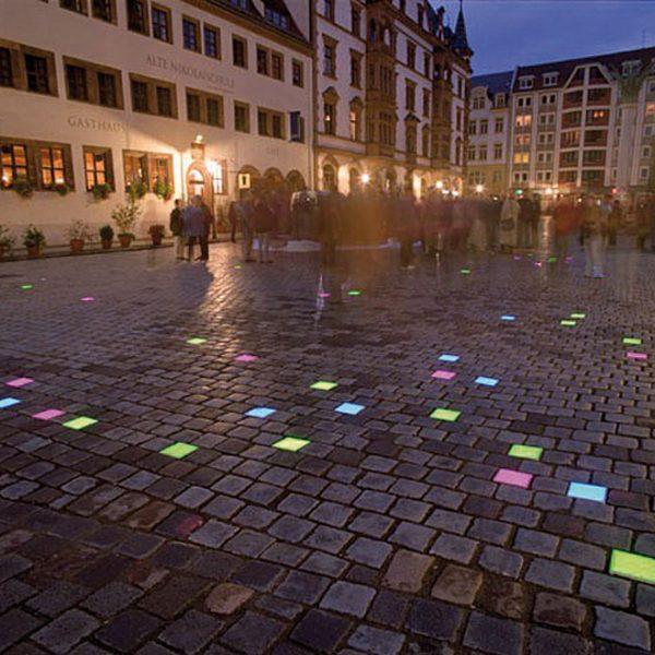 """Lichtinstallation """"public light – öffentliches Licht"""""""