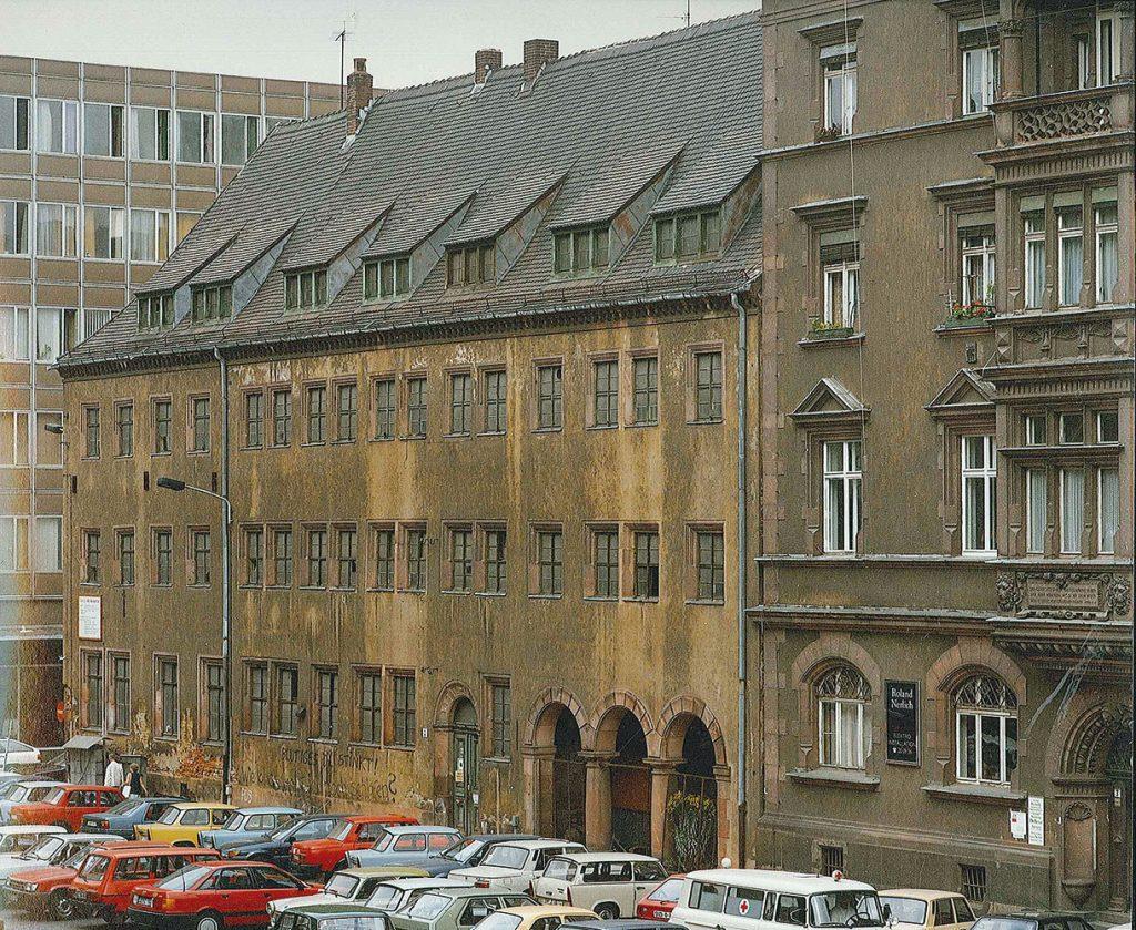 Die Alte Nikolaischule vor der Sanierung 1991–1994