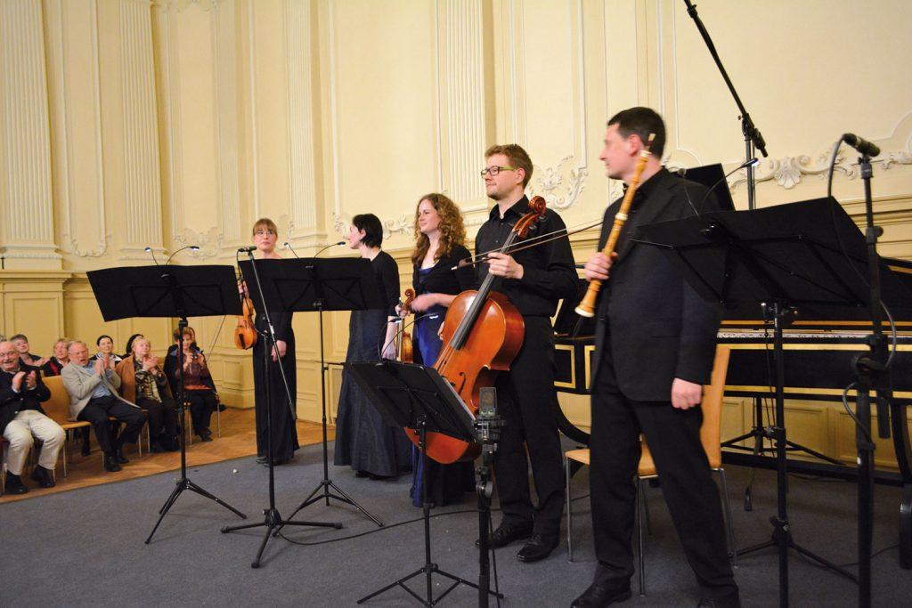musik + architektur 2014 im restaurierten neobarocken Saal des ehemaligen Hôtel de Pologne in der Hainstraße
