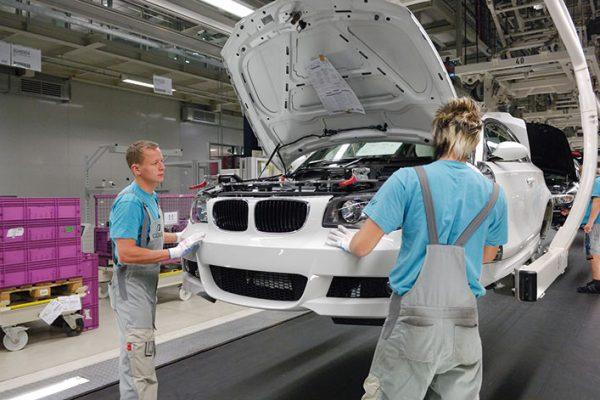 BMW Montage